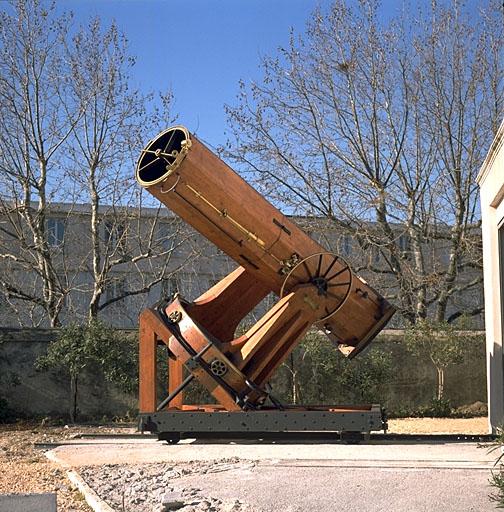 T lescope de 260mm f d 4 6 avec monture plateau for Miroir pour telescope